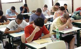 5,7 milhões de estudantes farão o Enem neste final de semana