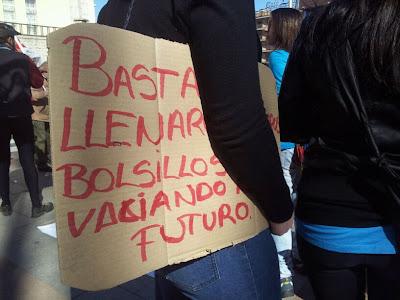 Cartel en una protesta en la ciudad