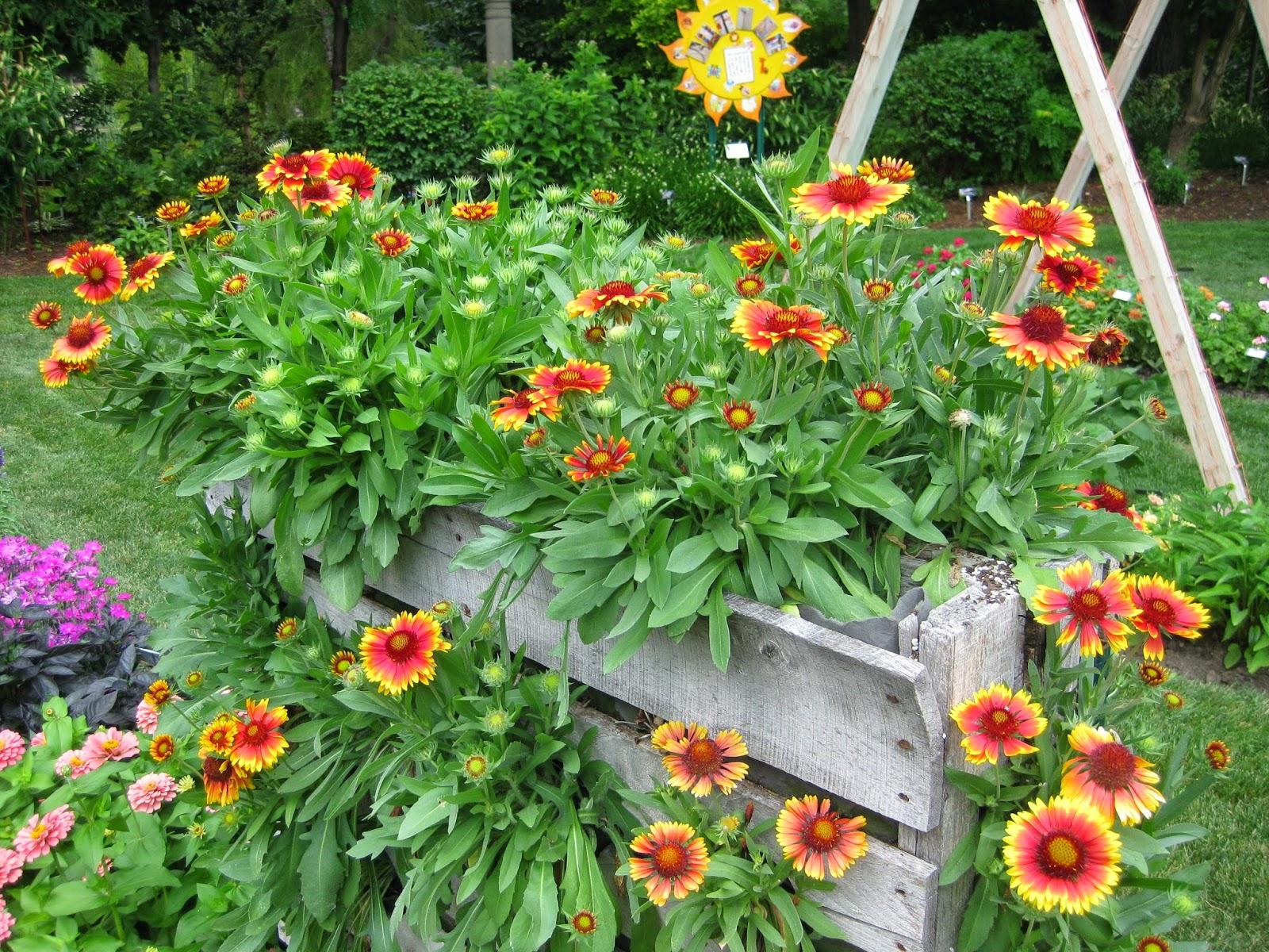 Rotary Botanical Gardens Hort Blog Vertical Planters