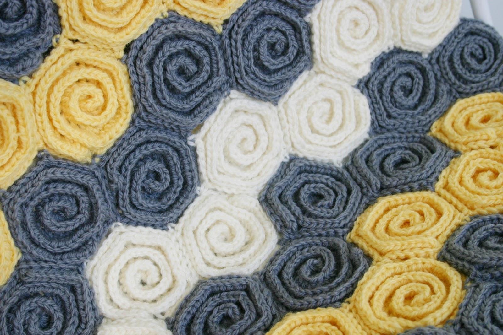 Вязание ковриков крючком по объемной схеме на филейной сетке 15