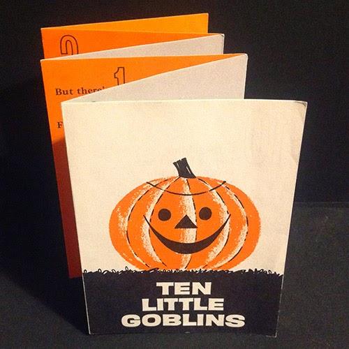Vintage 1962 wallet-sized gatefold pamphlet on vintage Halloween collecting blog