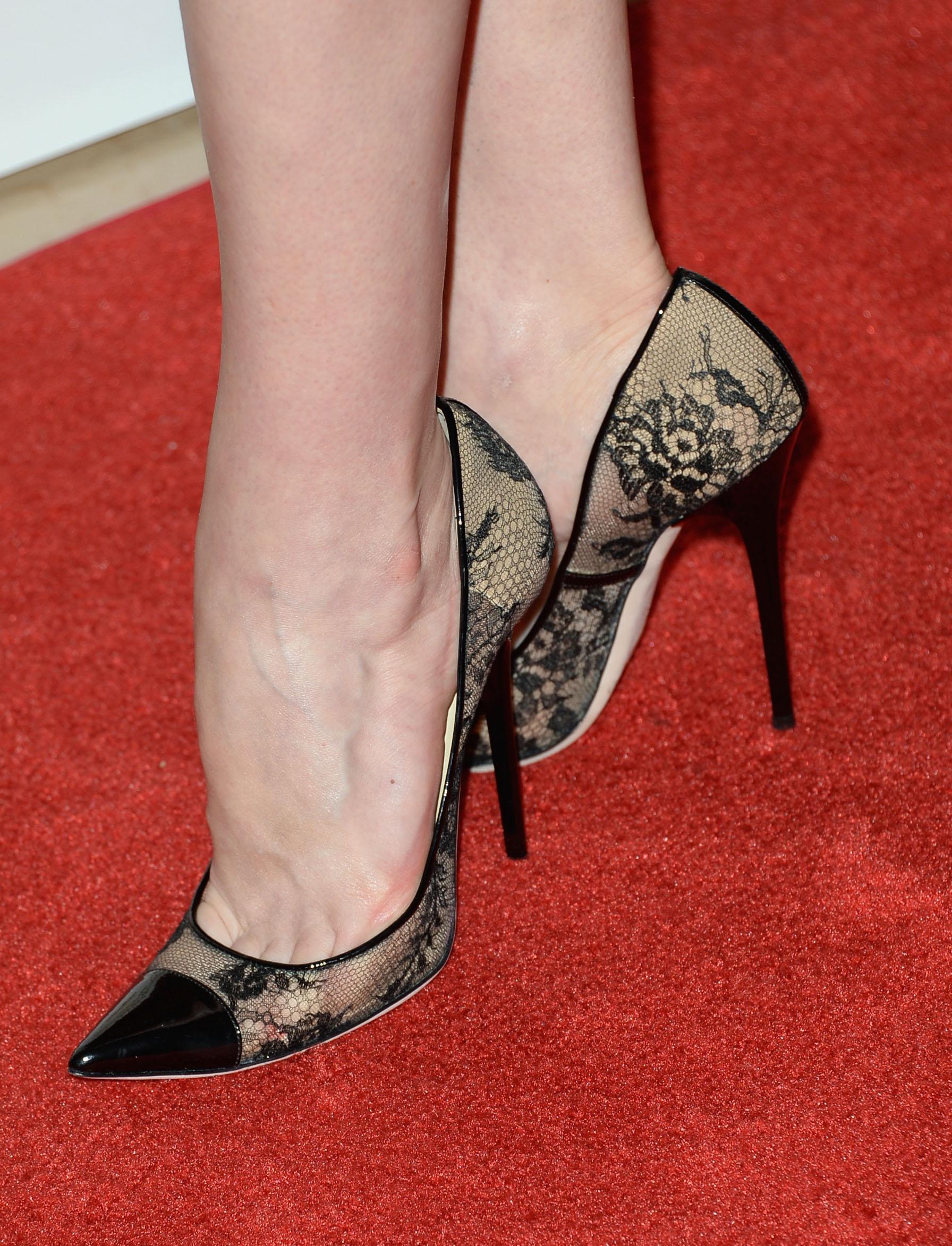 The Toe Cleavage Blog: More TV ladies