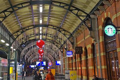Groningen Centraal Station. Kerst 2013.