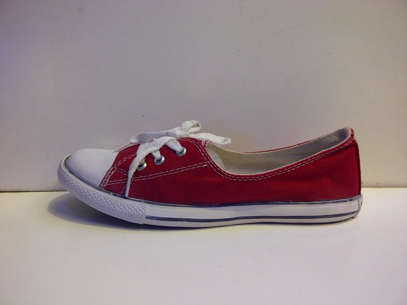 Sepatu converse women's