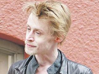 Bintang 'Home Alone' Macaulay Culkin Jadi Pengemis?