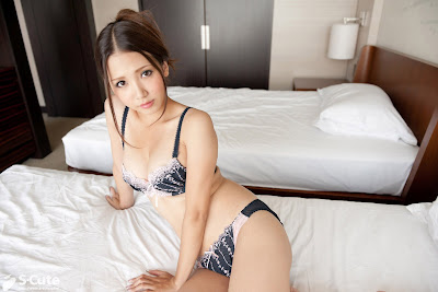 [S-Cute] No.247 Ayaka Tomoda #1