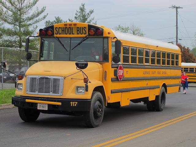 foto School Bus di Luar Negeri