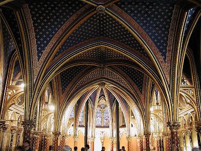 Sainte-Chapelle: capela baixa era para os domésticos