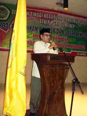 D.Zawawi Imron ( Madura )