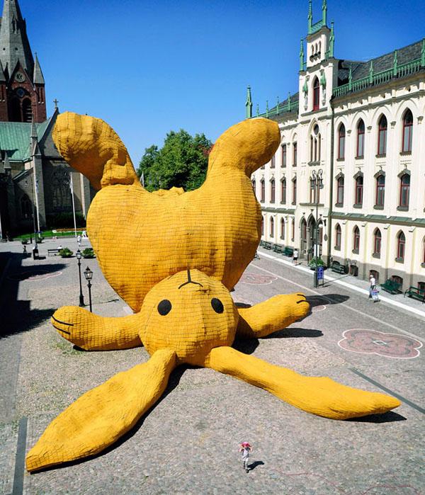 Las obras de arte públicas más extrañas alrededor del mundo