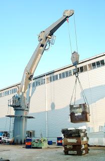Knuckle Crane