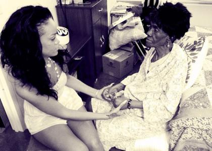 Rihanna Loses 'Gran Gran Dolly' After Long Cancer Battle » Gossip