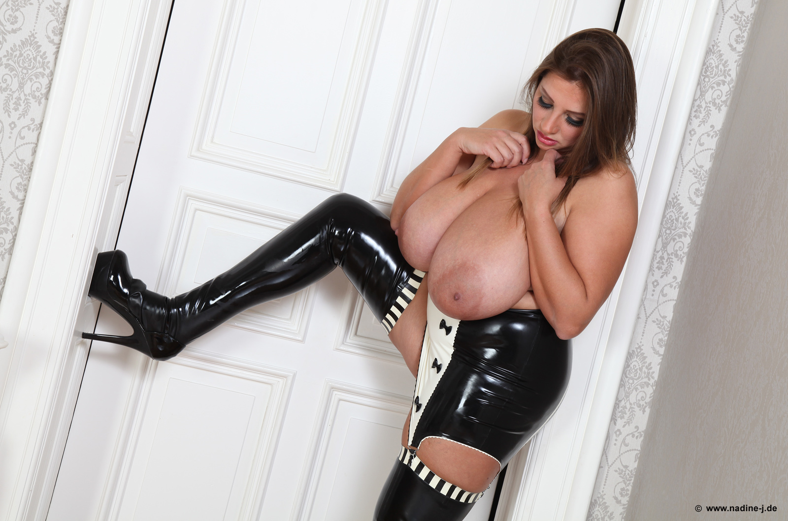 Udderly Amazing: Nadine Jansen - Latex Girdle