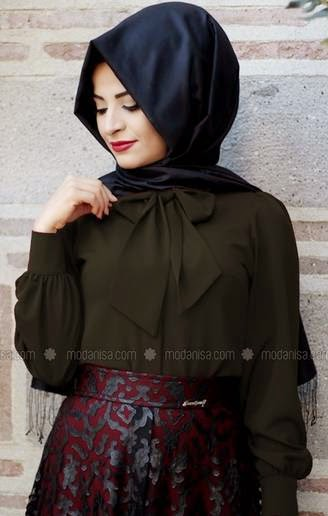 Contoh Baju Atasan Muslim Wanita
