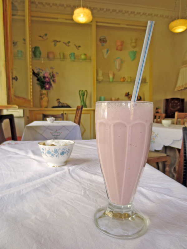 Bath Bea's Vintage Tea Rooms Milkshake
