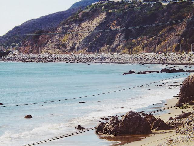 Ocean, Mountains, Beach