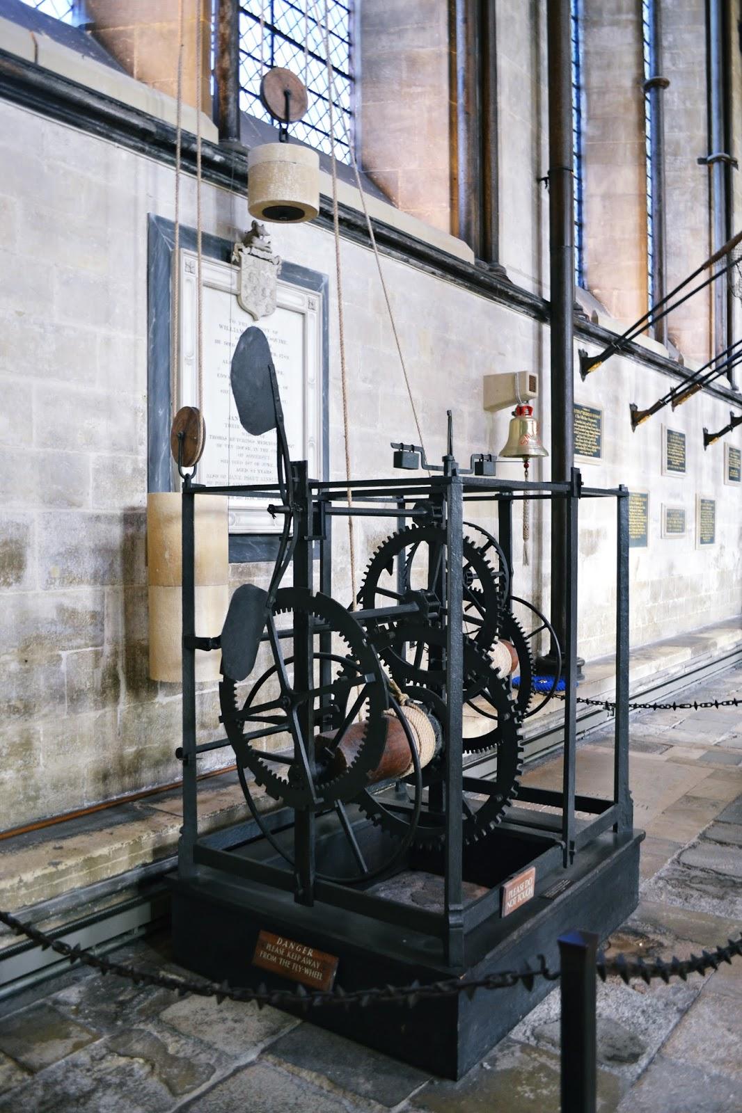 salisbury cathedral medieval clock