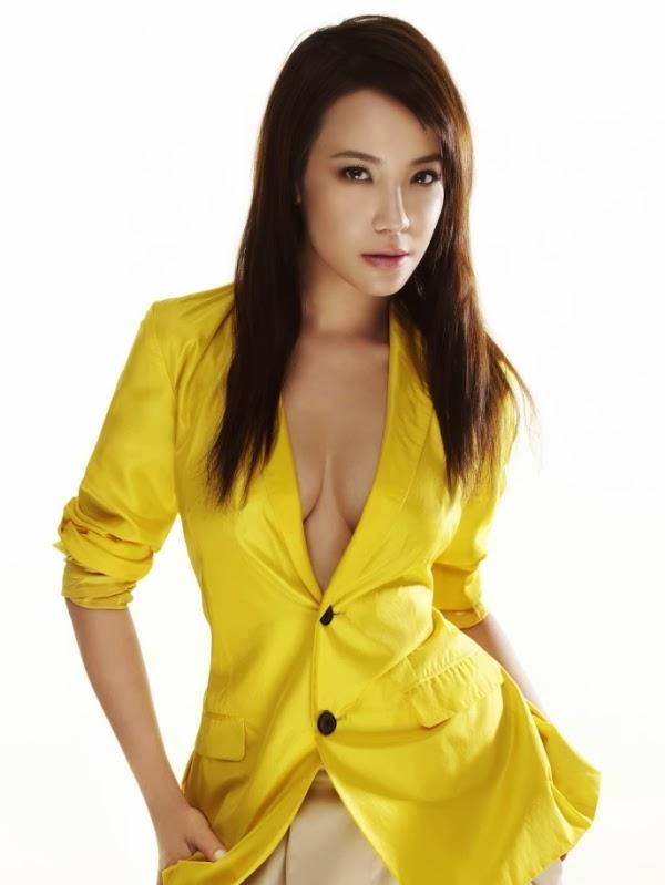 Fiona Xie Nude 76