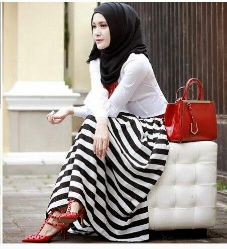 Hijab Style Memadukan Warna Rok Dan Jilbab Agar Serasi Kumpulan Foto Cewek Cantik Berjilbab