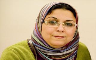 """إسراء عبدالفتاح للمعارضة: """"خناقة"""" الإخوان 1.jpg"""