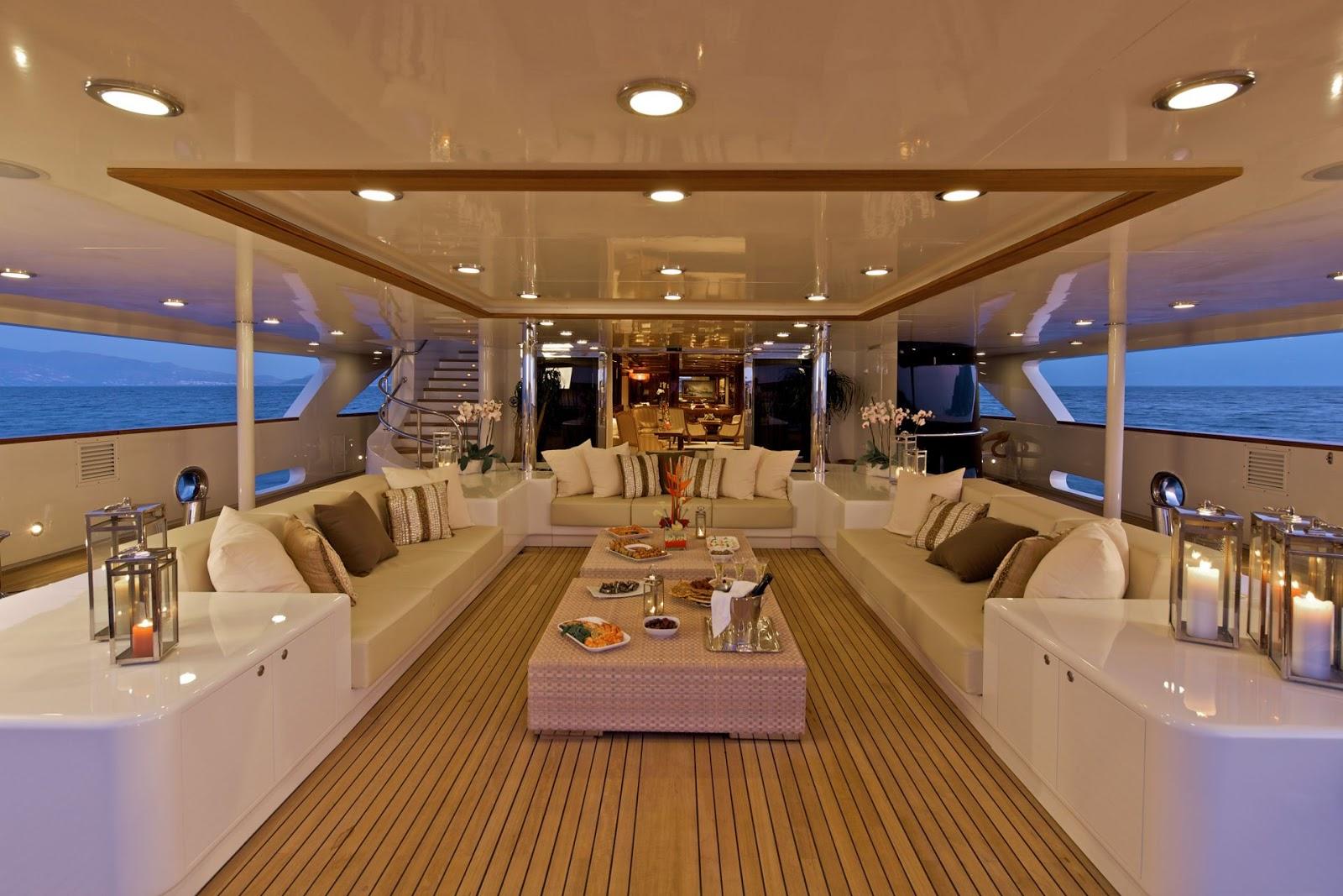 alquiler de yates de lujo en ibiza. alquiler yates ibiza. alquiler de barcos en ibiza. alquiler barcos ibiza. alquilar yates en ibiza. barcos de alquiler en ibiza