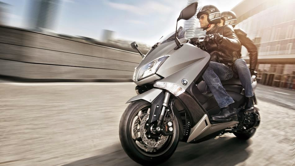 Yamaha TMax 530 Scooter Review