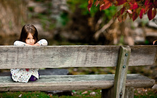 Mood Kids Photo Girl Look Park Forest Smile Sitting Bench HD Wallpaper