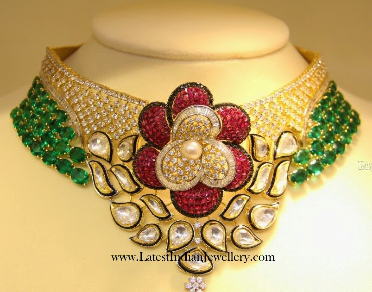 Floral Patterned Trendy Diamond Choker