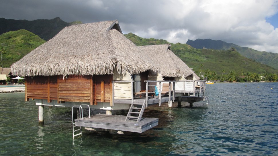 Bungalows sur pilotis du Moorea Pearl Resort & Spa