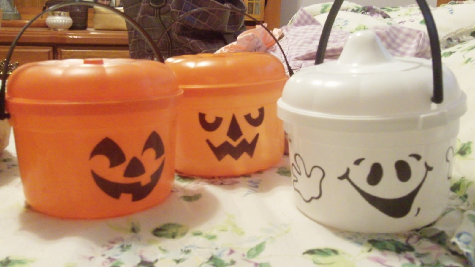 mcdonalds halloween pails! ~ the internet is in america