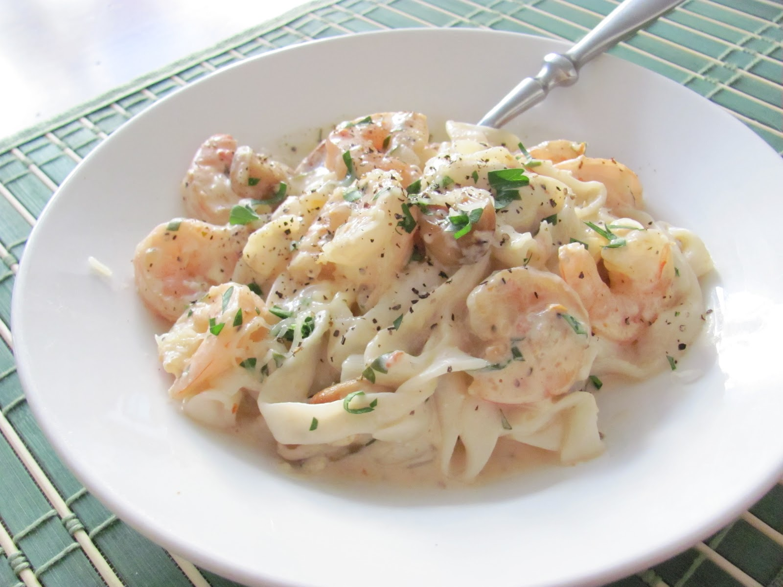 Light Fettuccine Alfredo with Shrimp, Sun Dried Tomatoes ...
