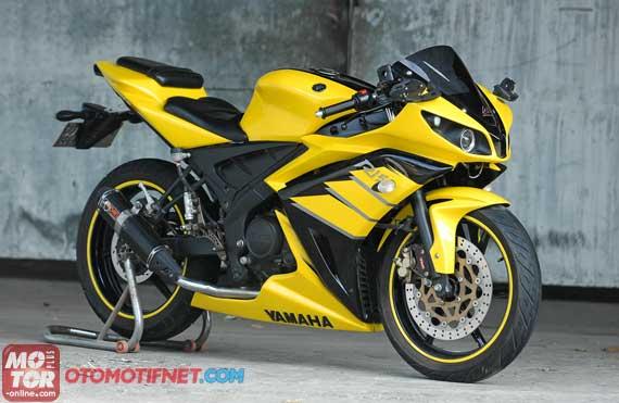 Modif Stiker Yamaha New Vixion