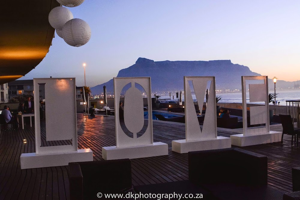 DK Photography CCD_7339 Wynand & Megan's Wedding in Lagoon Beach Hotel  Cape Town Wedding photographer