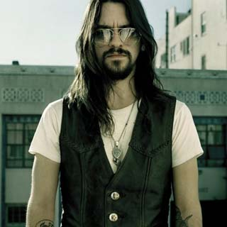 Shooter Jennings – Wild and Lonesome Lyrics | Letras | Lirik | Tekst | Text | Testo | Paroles - Source: musicjuzz.blogspot.com