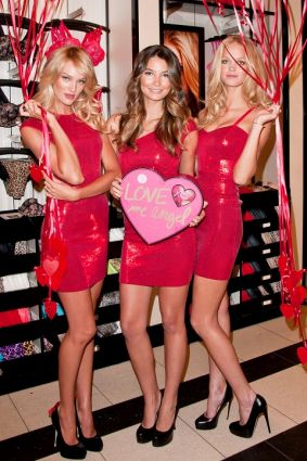 hot celebrities pics photos victorias secret sexy models Candice Swanepoel, Erin Heatherton Lily Aldridge Adriana Lima Sexy Pics Photos on Valentines Day