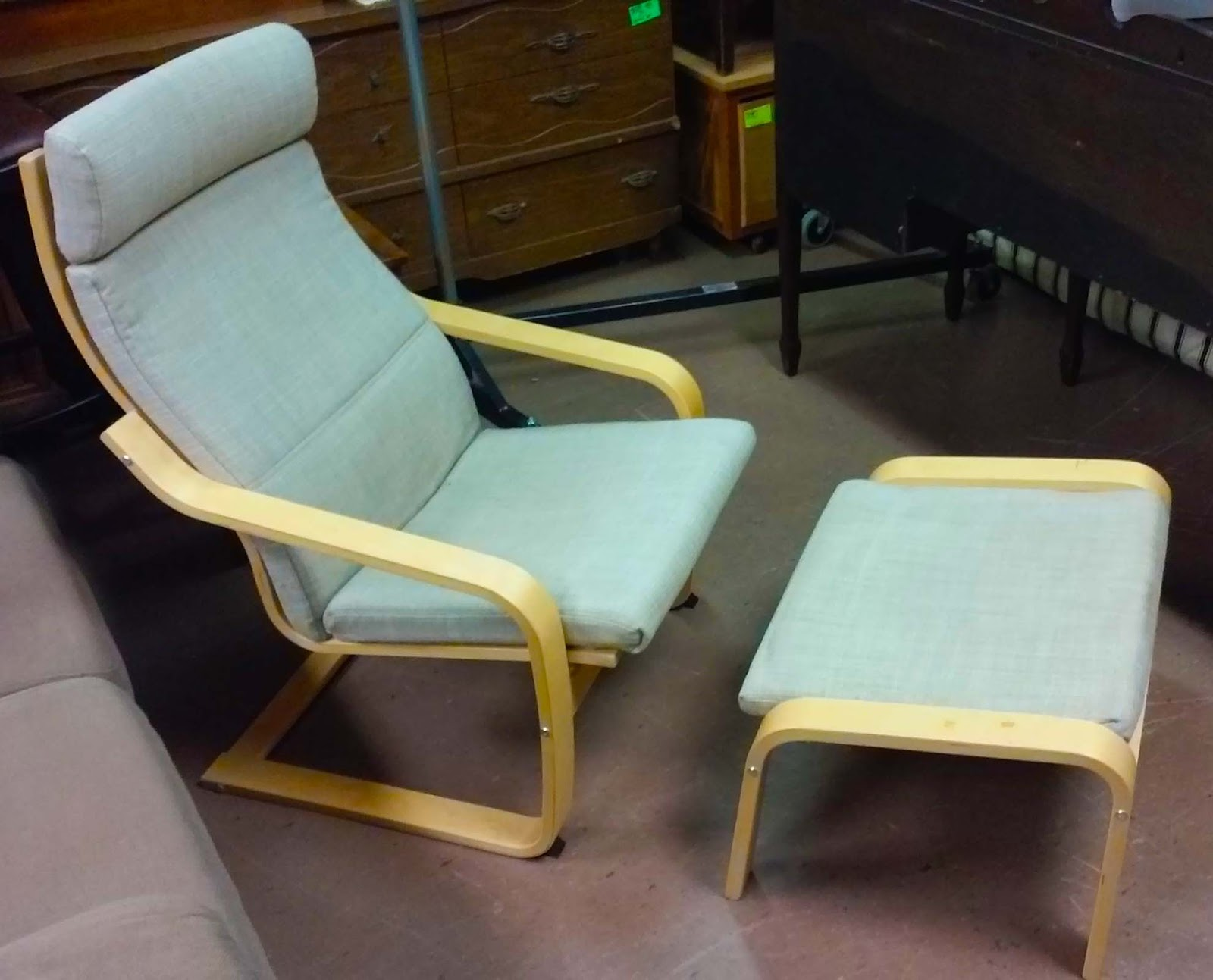 Uhuru furniture collectibles sold poang ikea chair for Ikea chair with ottoman