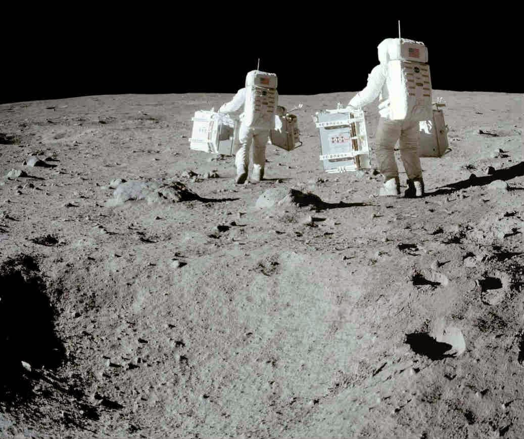 Buzz Aldrin and Armstrong deploying EASEP