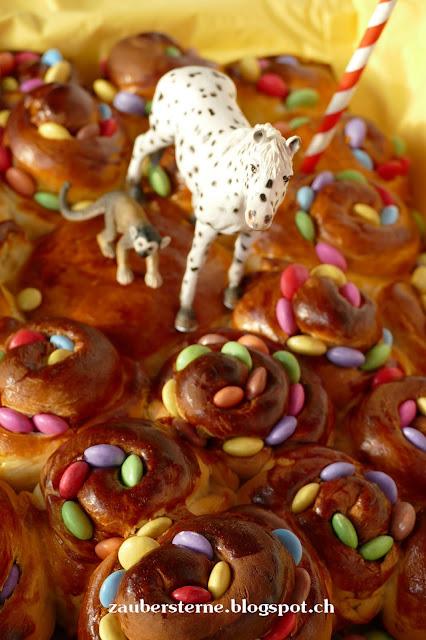 Smartieskuchen, Rosenkuchen, Zopfrosenkuchen, kleine Onkel, Herr Nilsson