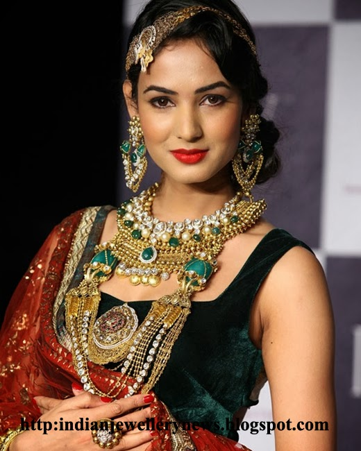 Kundan Jewellery Sets 2014