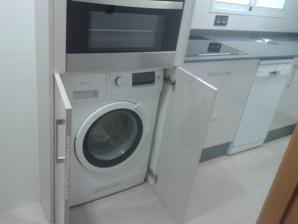 Mueble para lavadora y secadora dise os arquitect nicos for Mueble lavadora secadora