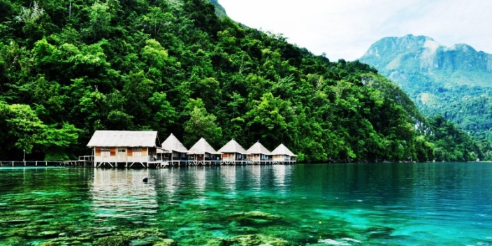 Pantai Ora Maluku Tengah. ZonaAero