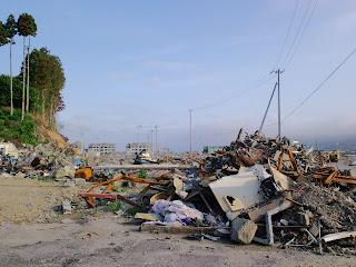 写真:南三陸町の海岸線近くの光景