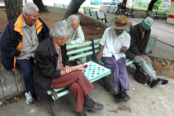 Ayuda a los servicios para adultos omaha