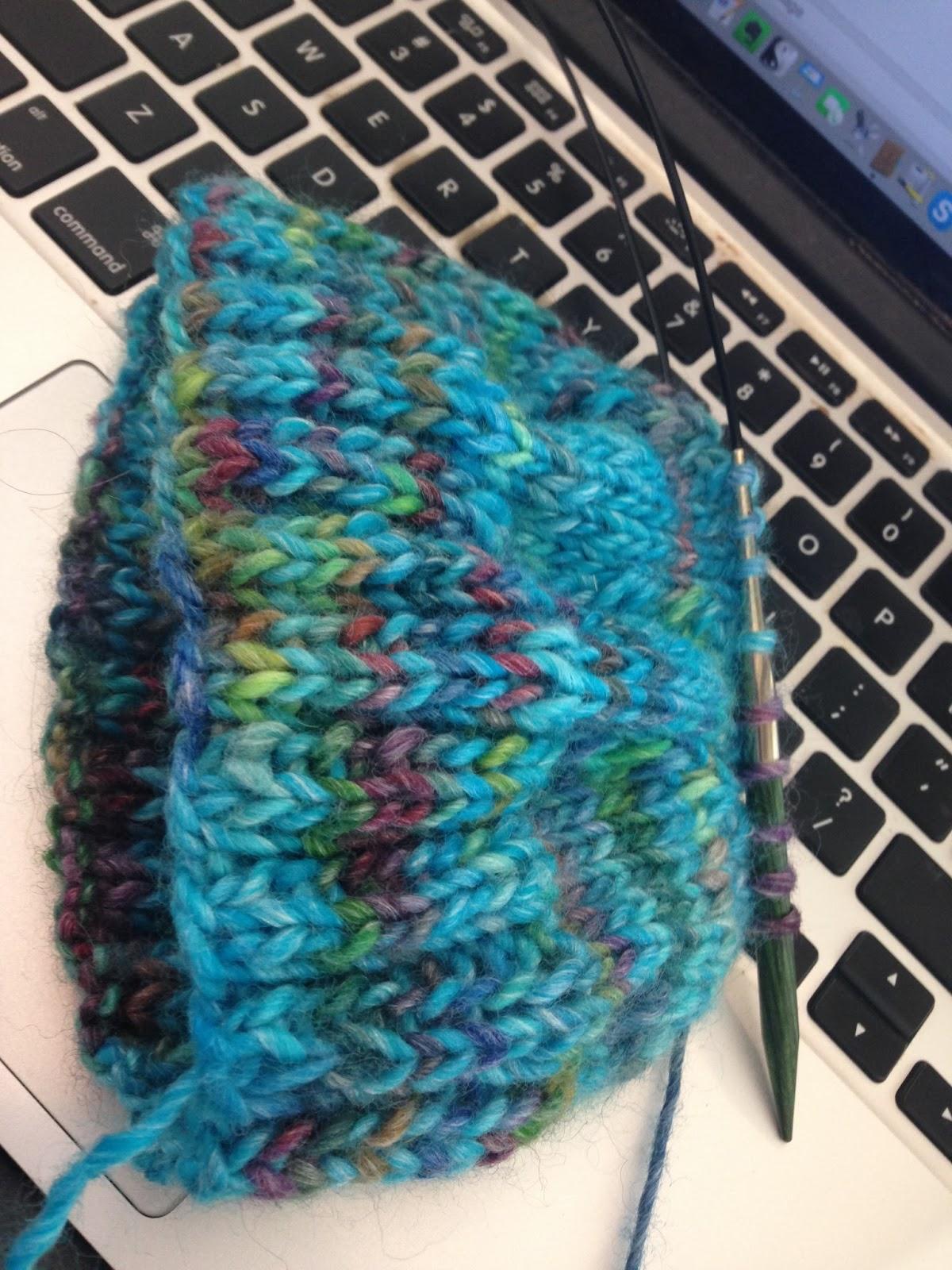 Magic loop вязание шапки