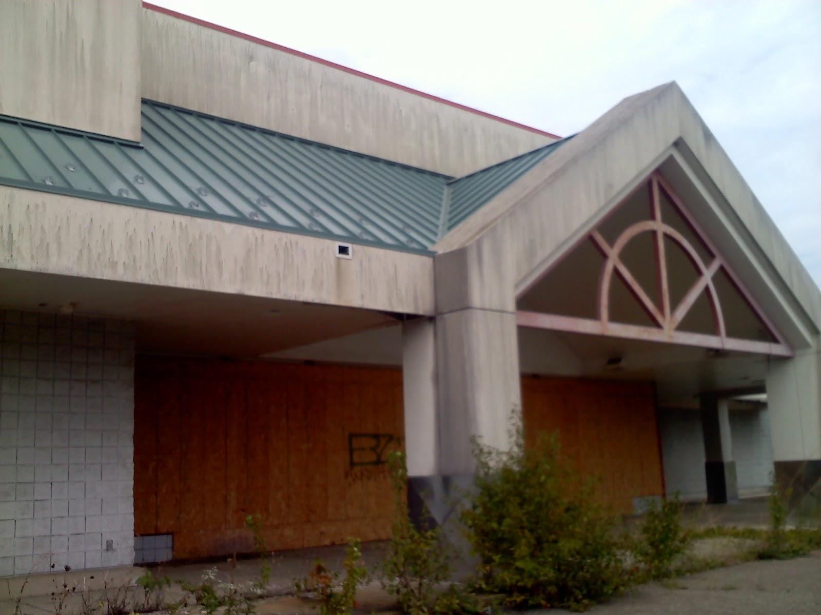 Dead and Dying retail: Closed Super Kmart stores in Ohio