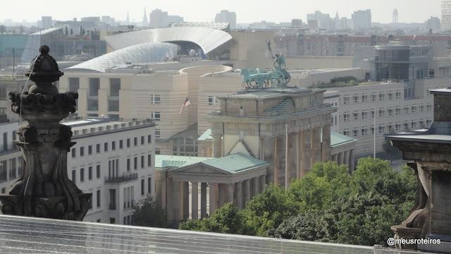 Portão de Brandemburgo, visto do Reichstag - Berlim