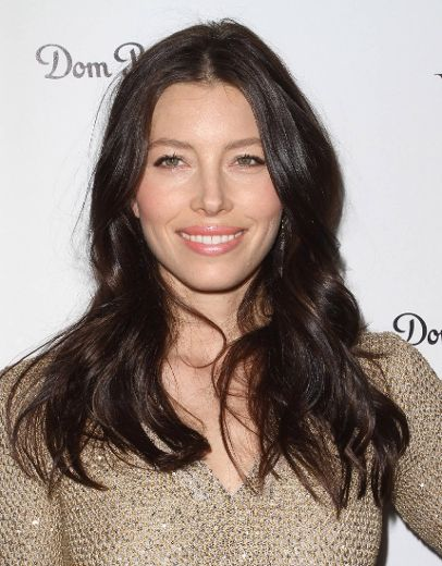 Actress Jessica Biel has started planning for her impending wedding to pop