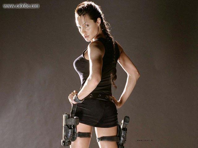 Angelina Jolie in Lara Crofts film