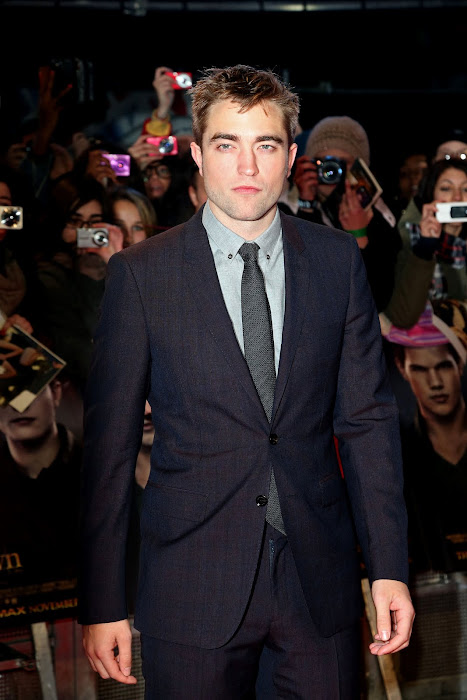 EVENTO-Premier AMANECER 2 en Londres (14/11/12) Pattinsonlife-18%2B%25283%2529