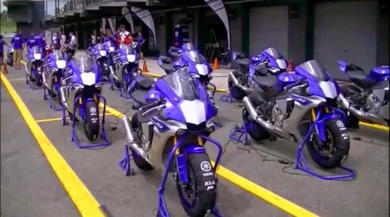 Gambar kesibukan saat test ride Yamaha R1